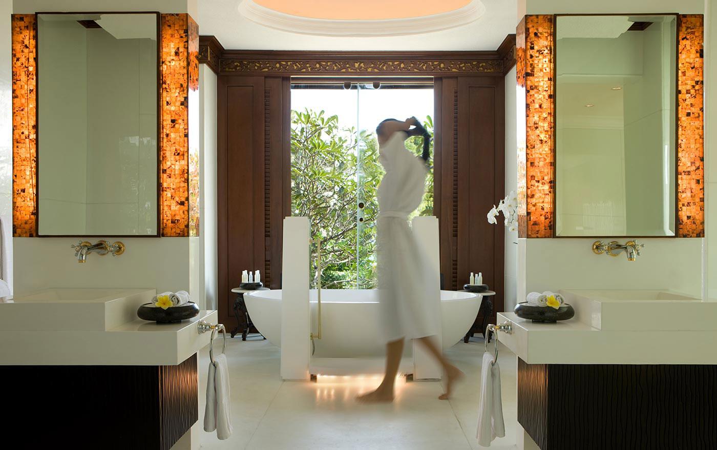 Jivana Villa Master Bathroom